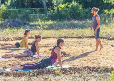 Yoga – rester en forme pendant les longs trajets