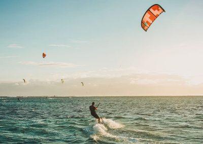 Pratiquer le kitesurf en voyage